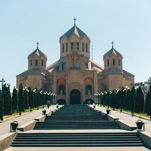 Семинар «Комплексный подход к обеспечению безопасности в условиях современной IT инфраструктуры» (Армения, Ереван, 33 чел.)